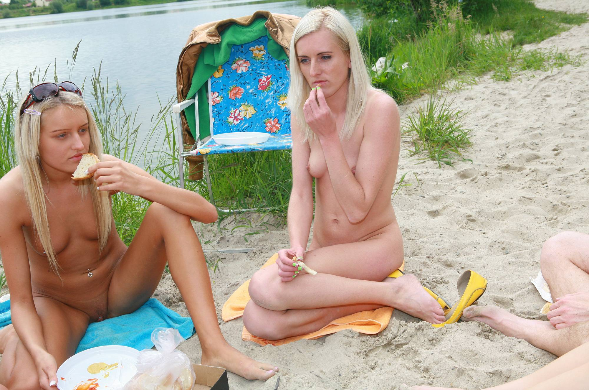 Nudist Photos Lakeside Picnic For All - 2