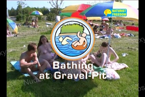 Bathing at Gravel-Pit screenshot