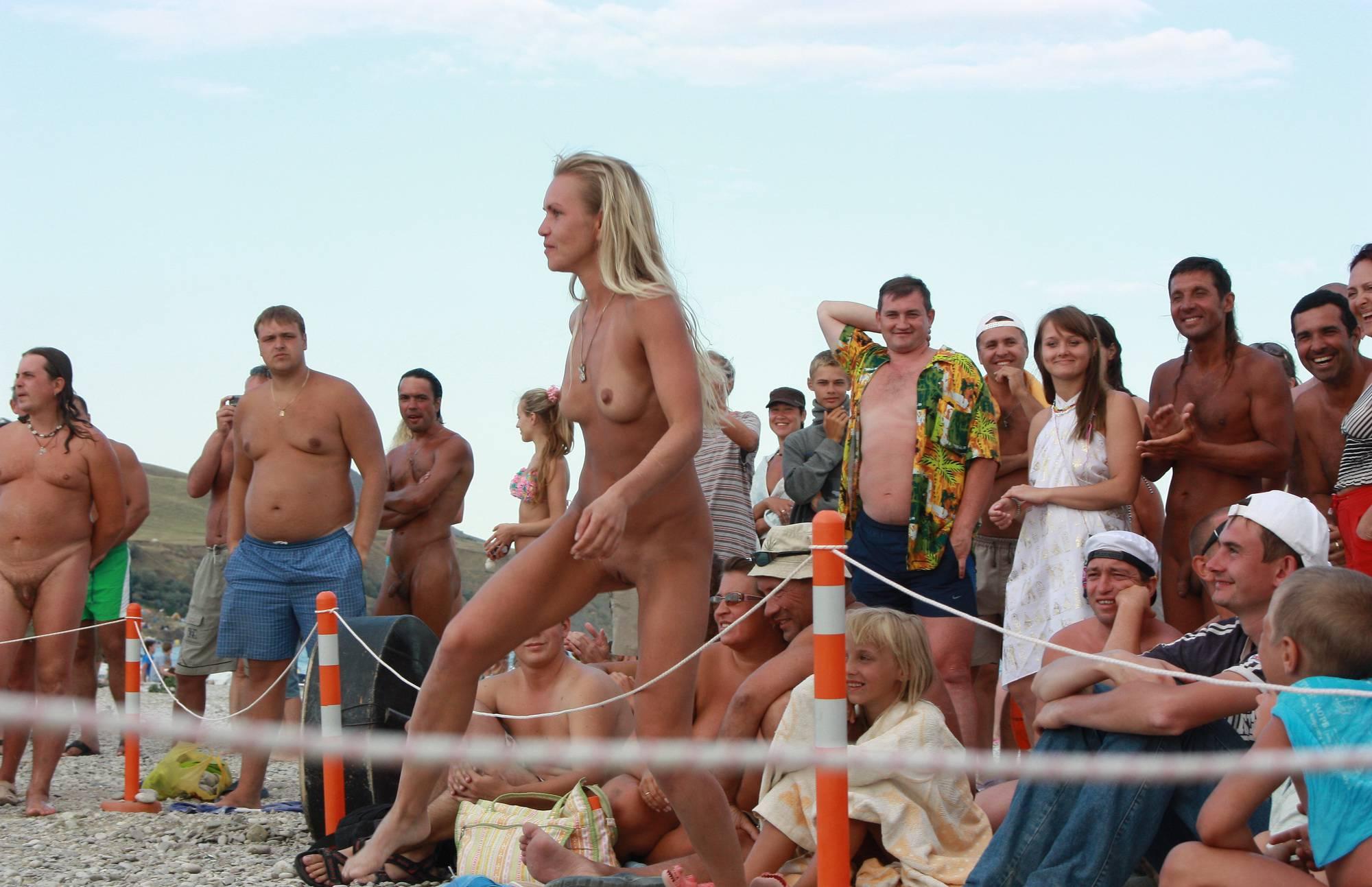 Nudist Pictures Neptune Three Girl Lines - 2