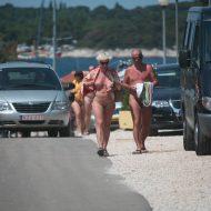 Avilia FKK Nude Walkers