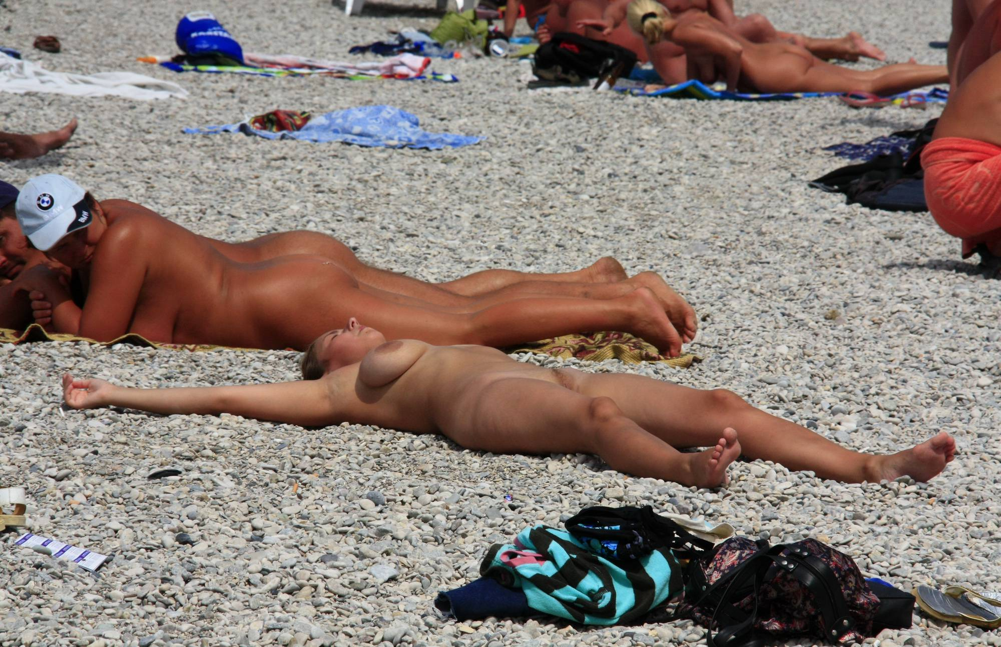 Nudist Gallery Beach Paints and Girl Rests - 2