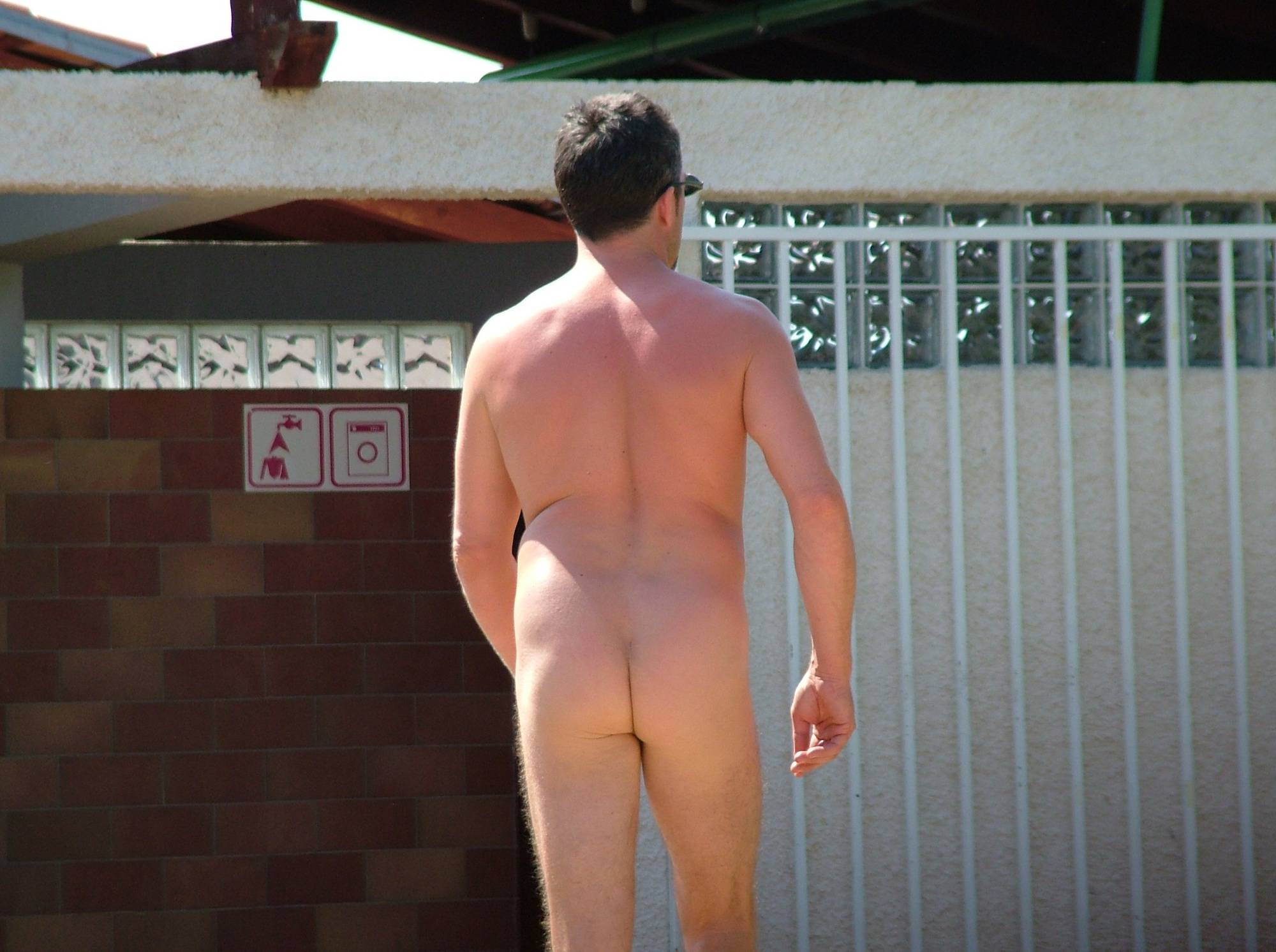 Nudist Pictures FKK Morning Club House - 1