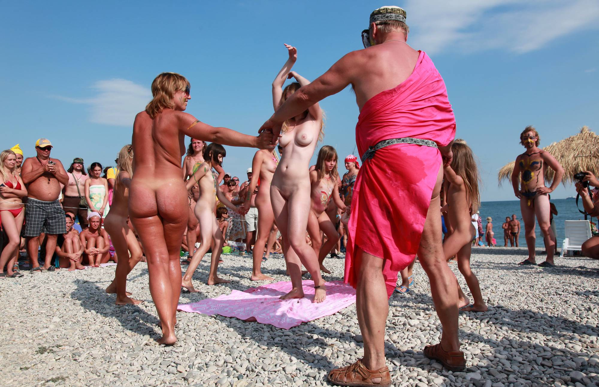 Nudist Pics Naturist Circular Dancing - 2