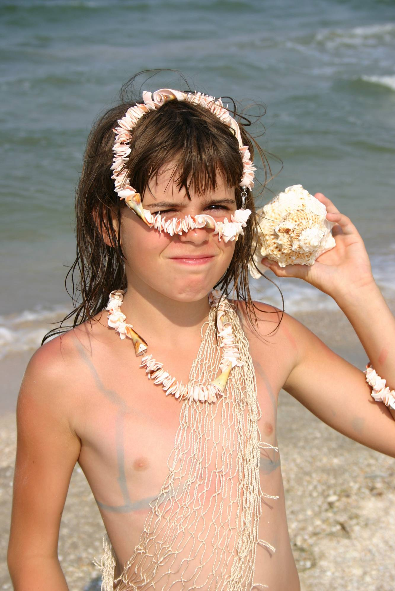 Nudist Gallery Nudist Girl Shell Wonder - 1