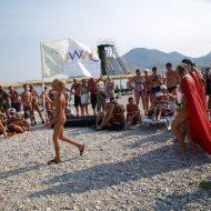 Nudist Royal Family Show