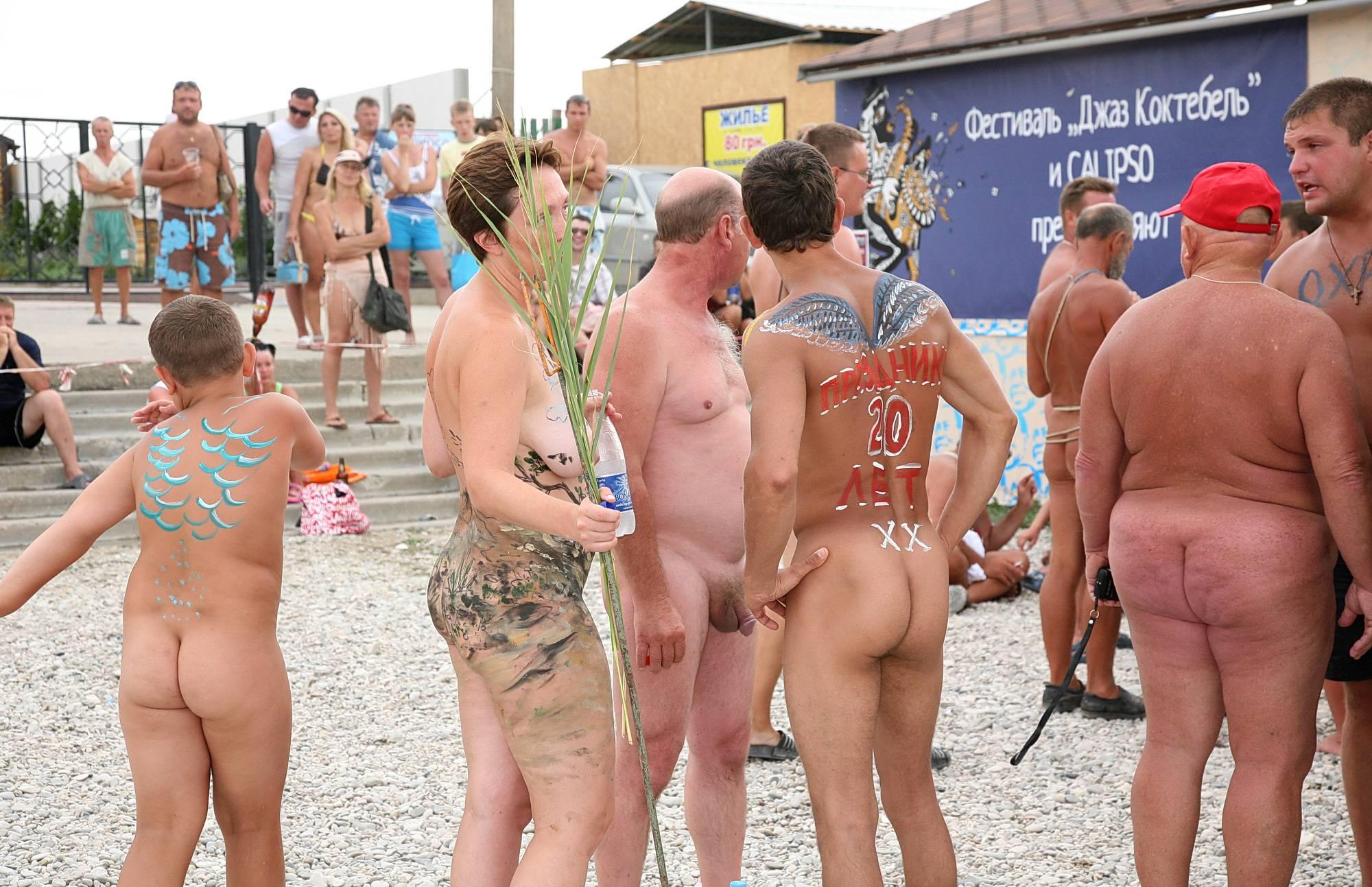 Nudist Gallery Outdoor Beach Party - 2