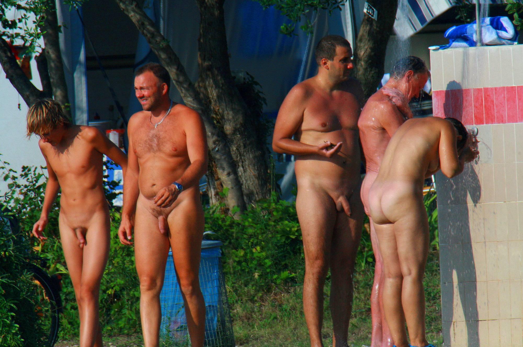 Nudist Gallery Ula FKK Family Shower Site - 1